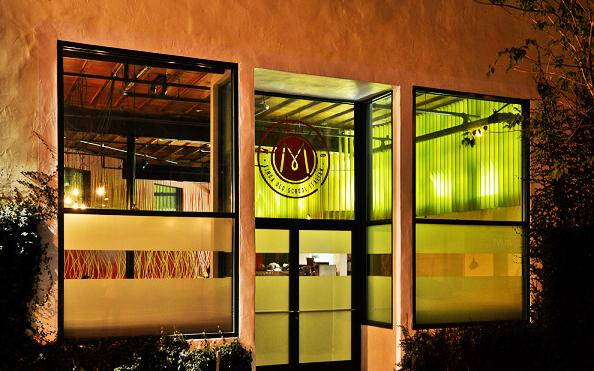 餐厅装潢3D效果 餐厅装修效果图高清图片